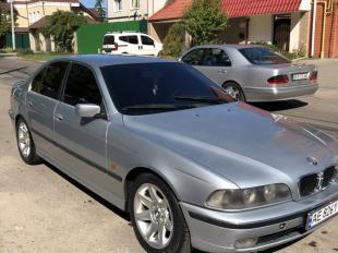 BMW 528 Кривий Ріг