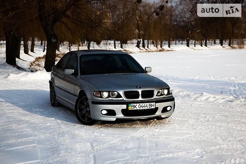BMW 330, 2005