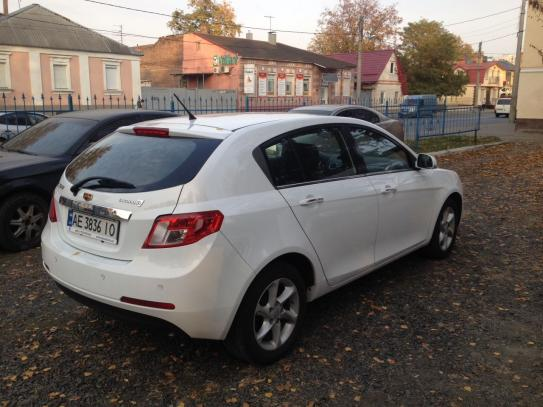 GEELY EMGRAND 7, 2015