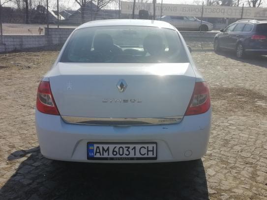 RENAULT Clio Symbol, 2011
