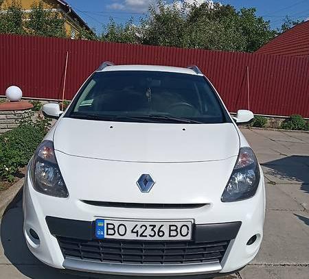 RENAULT CLIO, 2012